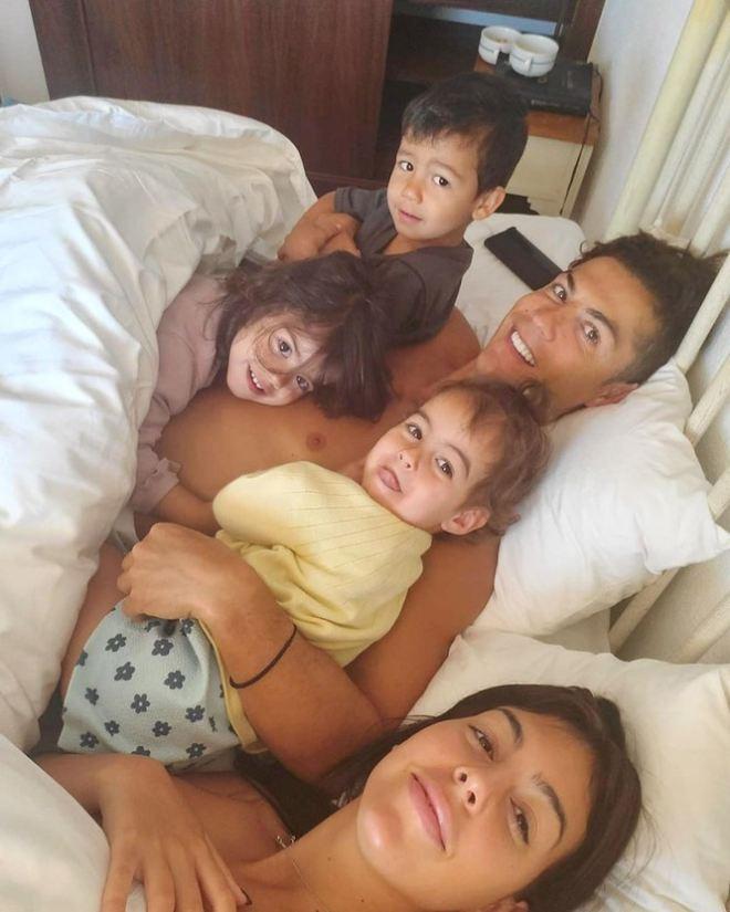 Gia đình nhỏ của Ronaldo |JP88