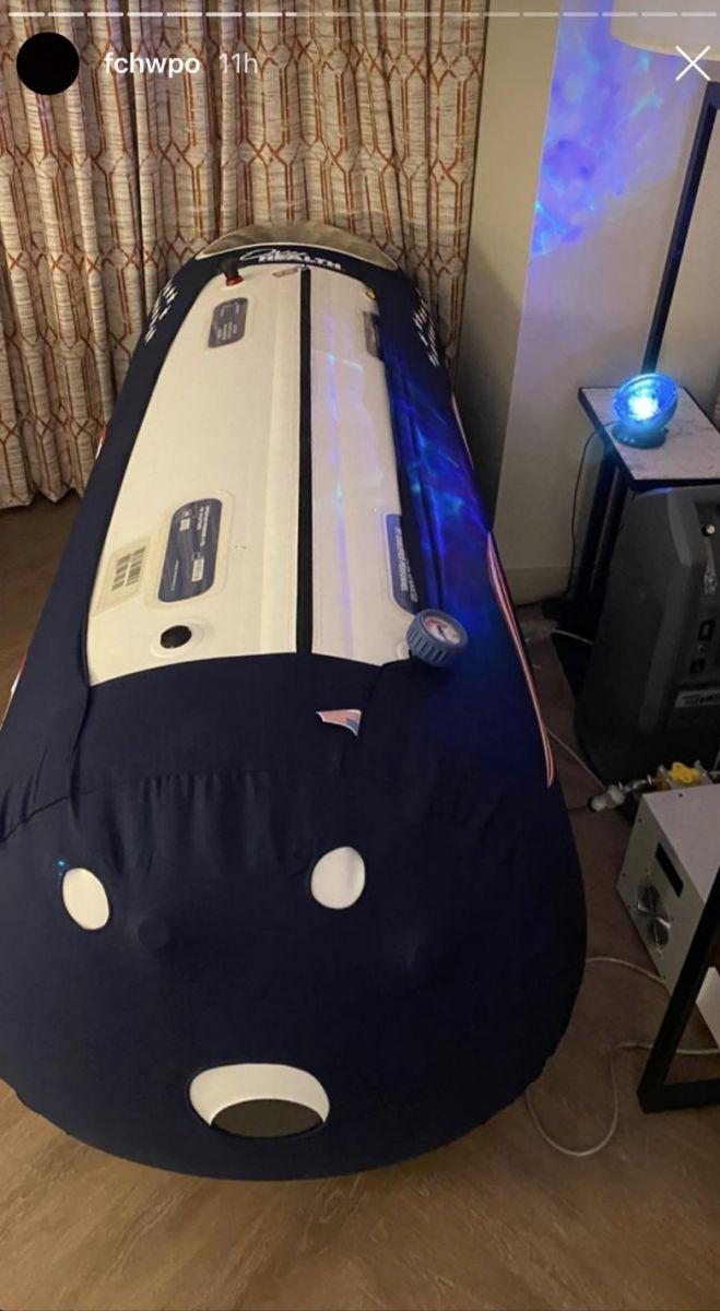 Buồng ngủ siêu to khổng lồ xuất hiện trong phòng Jaylen Brown |JP88