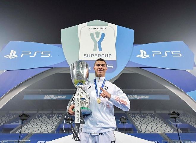 Ronaldo trở thành chân sút vĩ đại nhất mọi thời đại