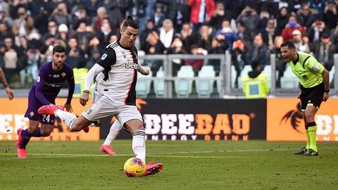 Ronaldo đang có 2 trận đấu liên tiếp ghi bàn từ chấm 11m  JP88