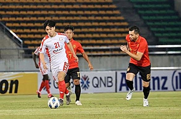 V-League có thể bị hoãn, Công Phượng & Quang Hải tranh tài Cúp Quốc gia
