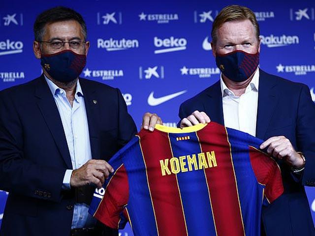 Koeman (phải) trong ngày ra mắt Barca