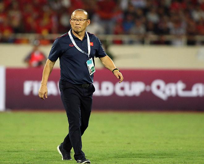 HLV Park Hang Seo và học trò căng mình thi đấu 4 giải trong 4 tháng từ thời điểm cuối năm 2021.