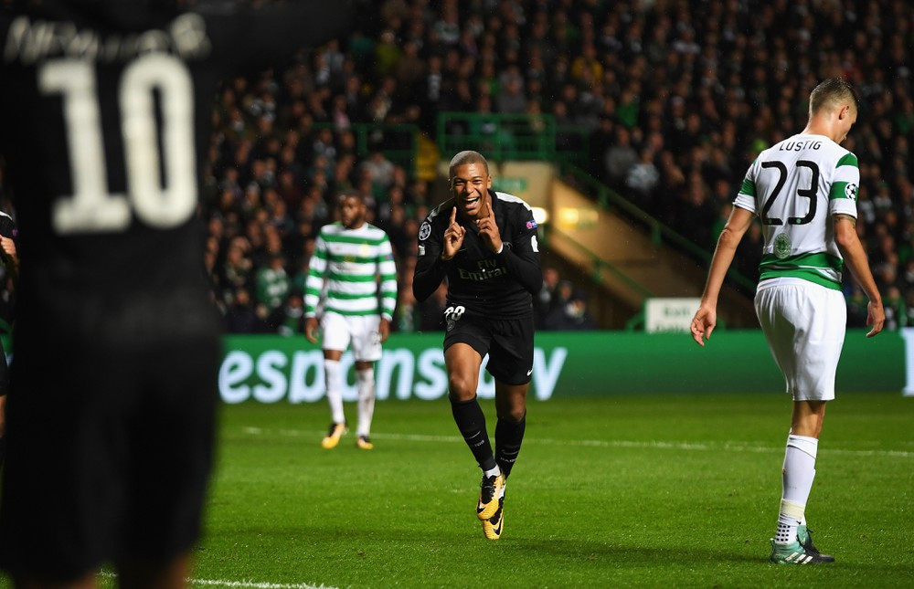 Mbappe (áo thẫm) tỏa sáng trước Celtic |JP88