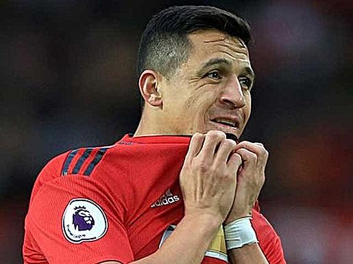"""Sancho bất ổn khó hiểu, MU tính """"chơi lớn"""" bằng """"hàng thải"""" Sanchez"""