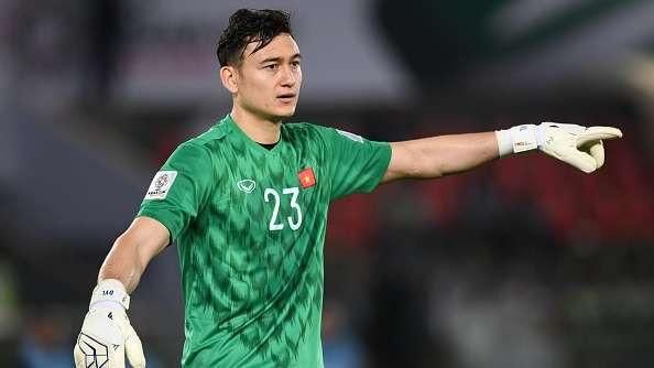 Văn Lâm từng là trụ cột của Muangthong United mùa giải năm ngoái |JP88