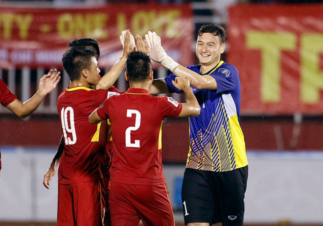 3 năm trước (13/6/2017), Văn Lâm ra mắt ĐT Việt Nam ở trận hòa Jordan 0-0 (vòng loại Asian Cup) |JP88
