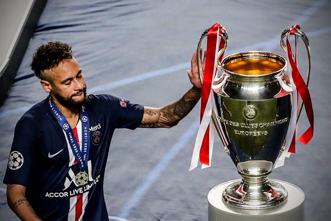 Neymar và PSG cay đắng khi săn hụt danh hiệu Champions League năm nay
