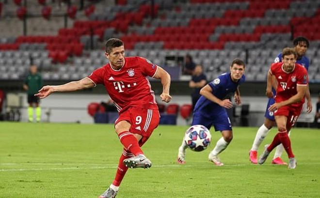 Lewandowski lập cú đúp |Vua-the-thao