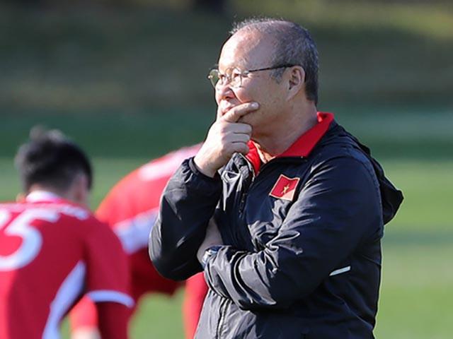 HLV Park Hang Seo đối mặt với nhiều thách thức trước mắt