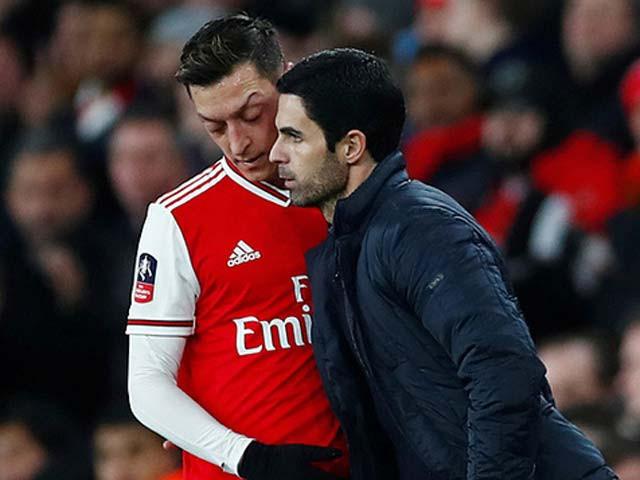 Đoạn kết buồn của Ozil với Arsenal