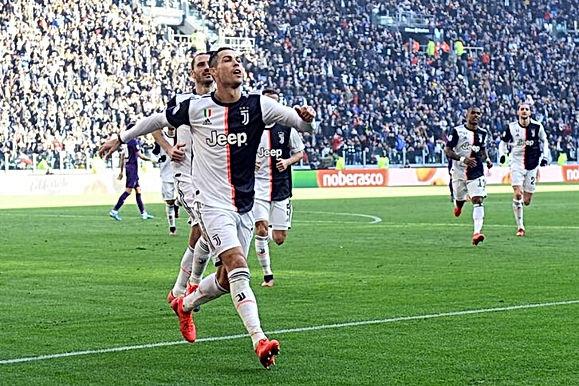 Siêu sao Ronaldo rực sáng: 2 lần kiến tạo cực đỉnh, ngẫu hứng ngả bàn đèn
