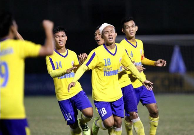 Các cầu thủ U21 Đồng Tháp.  JP88