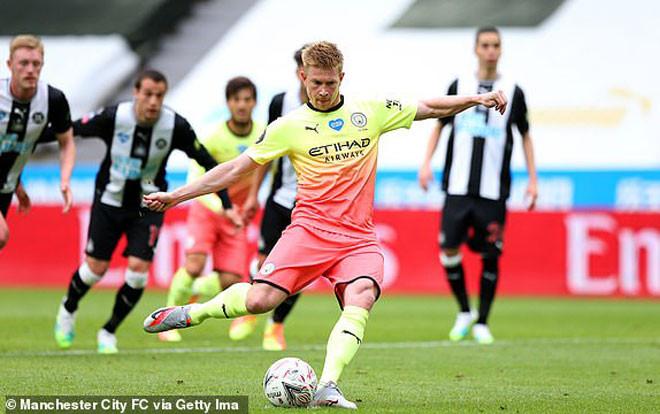 De Bruyne sút phạt đền rất chính xác mở tỷ số cho Man City vào lưới Newcastle |JP88