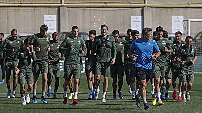 Thêm 3 cầu thủ La Liga nhiễm Covid-19, ban tổ chức hoảng sợ