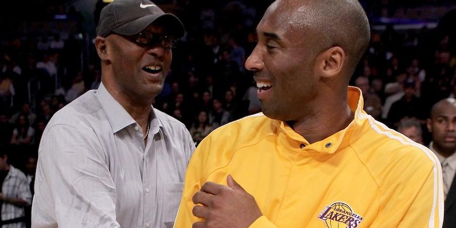 Kobe từng khởi kiện cha mẹ mình vì bán hết vật phẩm mà anh tặng |JP88
