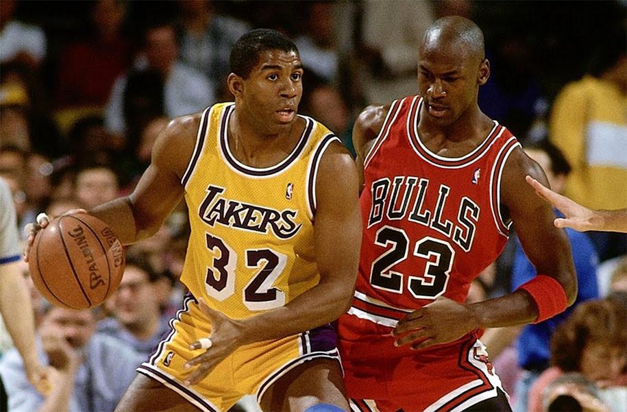 Magic Johnson chạm trán Michael Jordan năm xưa. |JP88