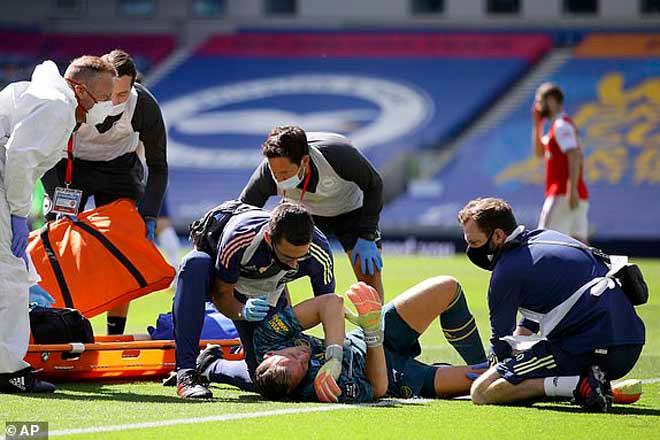 Leno buộc phải rời sân sau chấn thương... |JP88