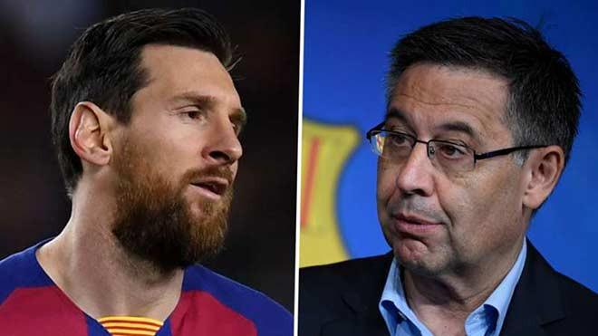 Chủ tịch Bartomeu (phải) và các cộng sự cương quyết không từ chức dù Messi đòi ra đi