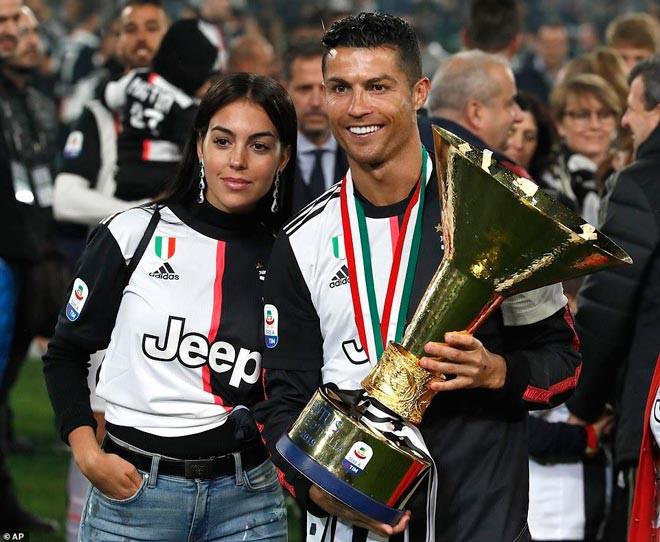 Ronaldo có nguy cơ không được ăn mừng chức vô địch cùng Juventus mùa này |JP88