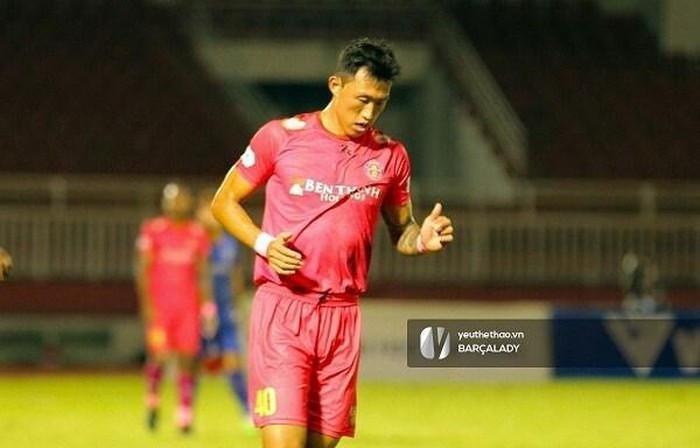 Ahn Byeong-geon đang chơi cực hay trong màu áo Sài Gòn FC  Vua-the-thao