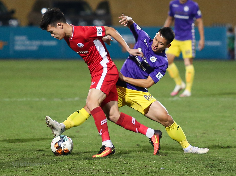 Cuộc đua giữa cầu thủ Viettel và Hà Nội FC