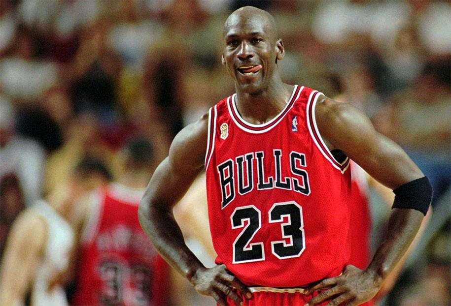 Nhưng Michael Jordan mới thực sự là cái tên vĩ đại nhất lịch sử theo Magic Johnson. |JP88
