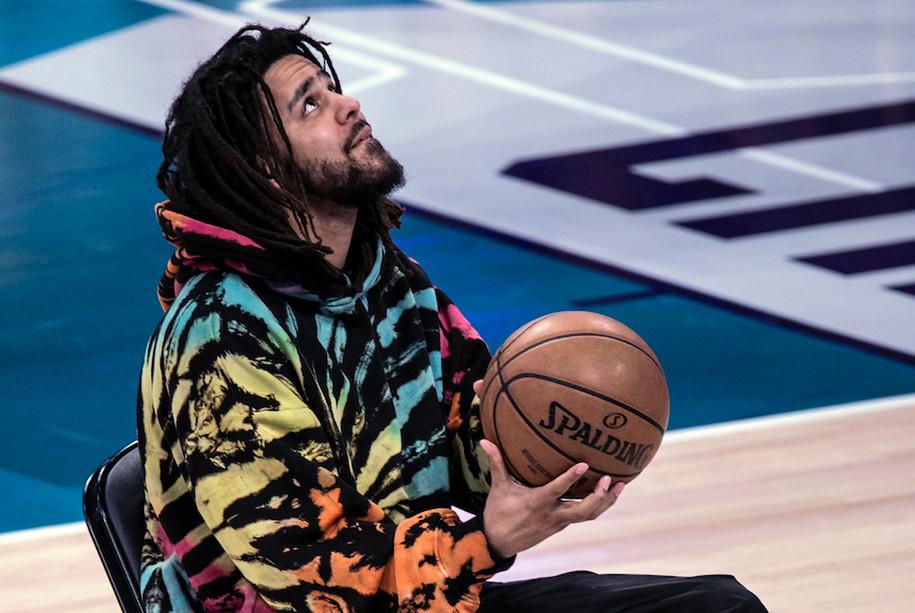 J Cole tham gia cùng Dennis Smith Jr tại Slam Dunk Contest 2019 |Vua-the-thao
