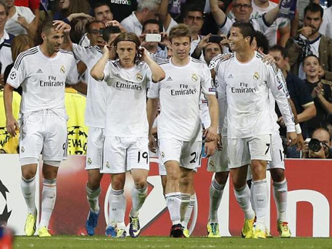 PSG cân bằng kỷ lục chuỗi 34 trận ghi bàn liên tiếp tại Champions League của Real Madrid