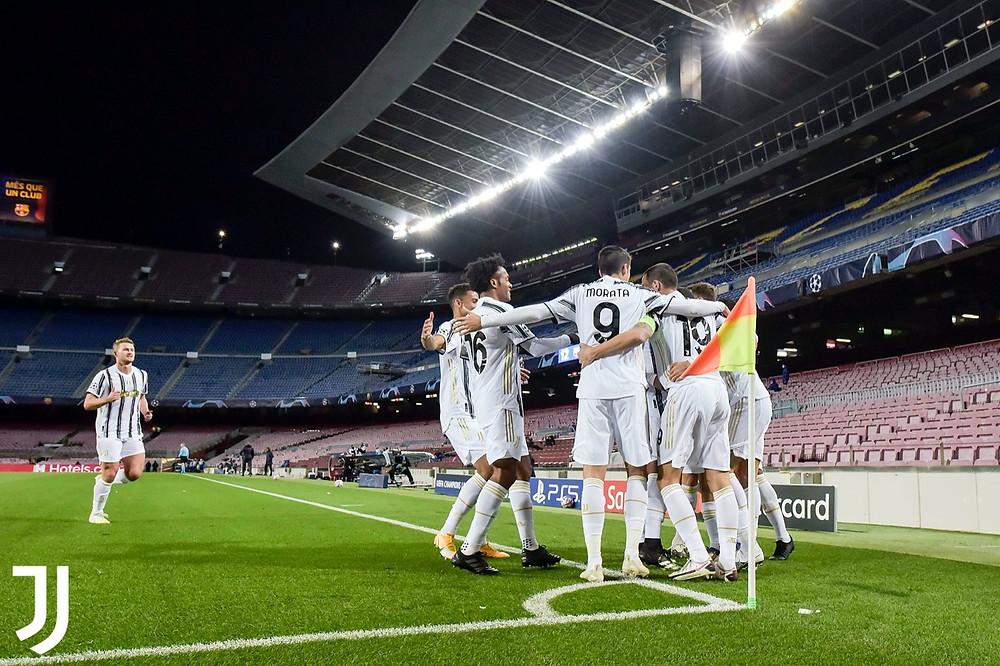 Juventus có chiến thắng tưng bừng trước Barcelona