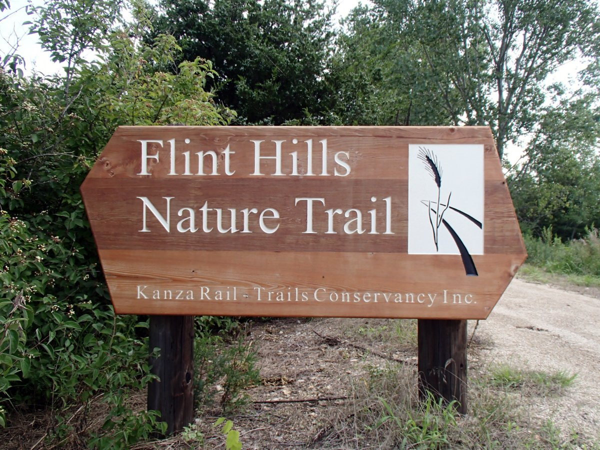 FlintHillsNatureTrailSign