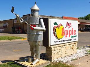Rays Apple Market.jpg