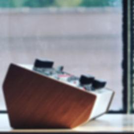 TE-2.side.window.JPG