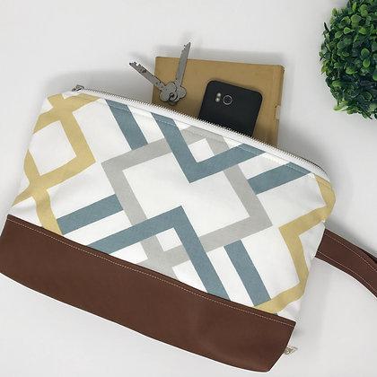 Wholesale Medium Clutch - Rebecca