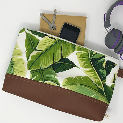 Wholesale Medium Clutch - Palm Leaf