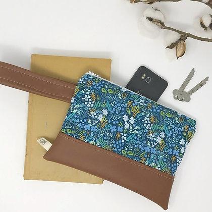 Wholesale Mini Wristlet - Blue Meadow