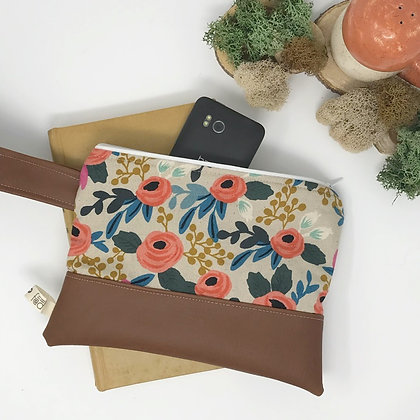 Wholesale Mini Wristlet - Rosa Floral