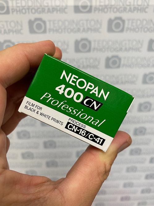 Fujifilm NEOPAN 400CN. 35mm Black & White Film. 36 exposures. EXPIRES 12/20
