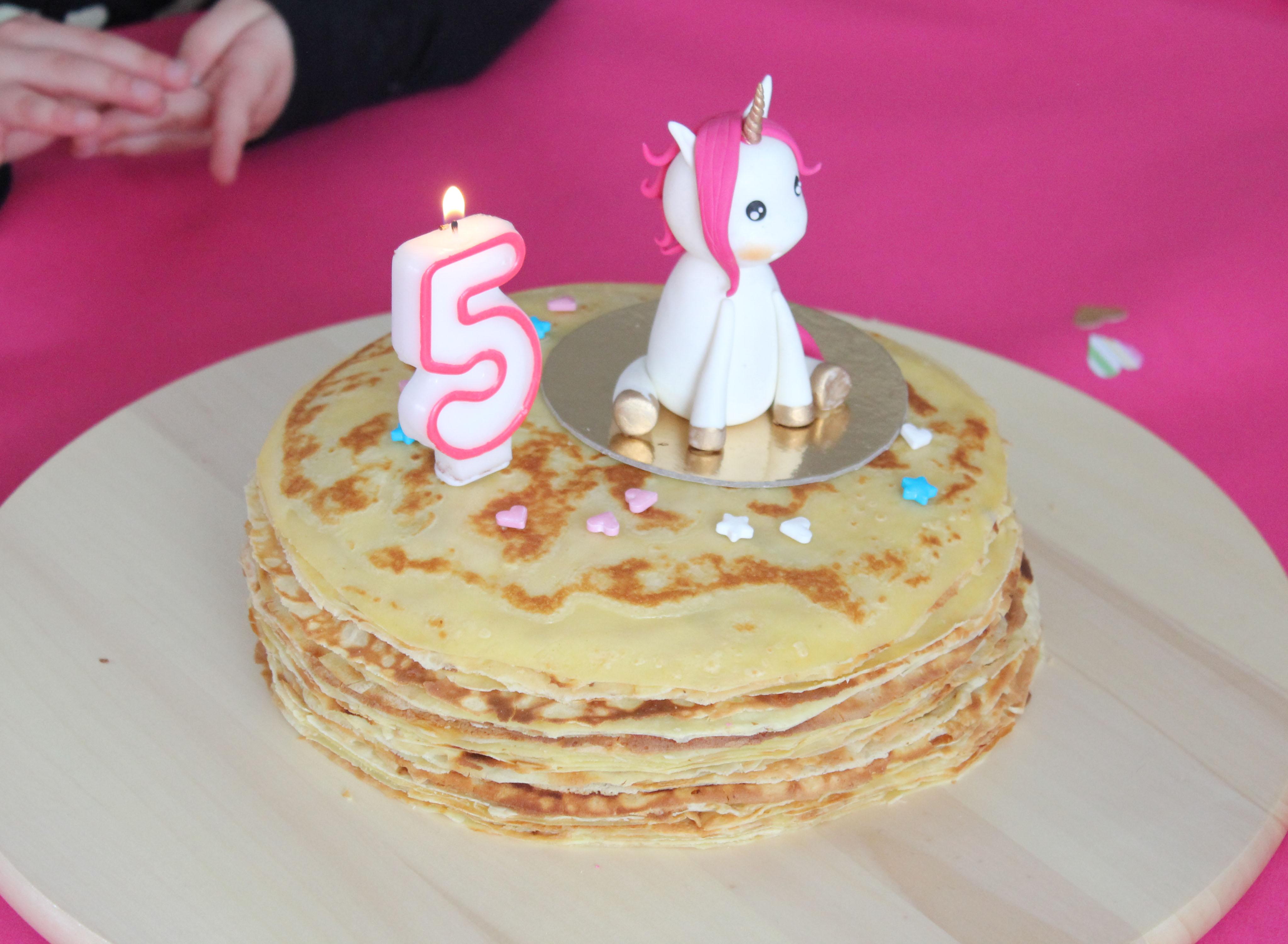 Anniversaire Elena - gâteau de crêpe