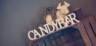 Candy Bar agricole champêtre avec vache et bois, décoration Your Big Day