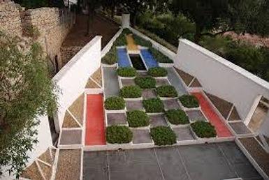 jardin noailles.jpeg