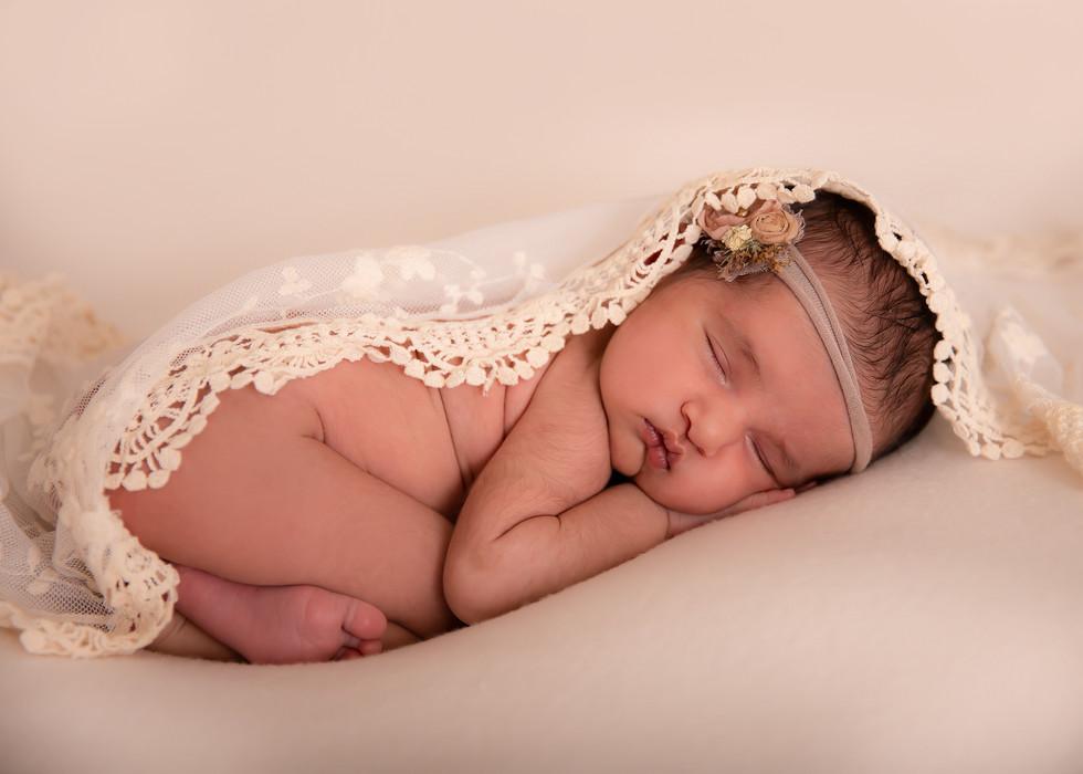 Seona Newborn (17).jpg