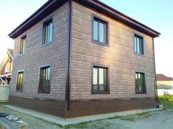 Фасад. Цокольные панели Деке, Klinker-Калахари, и Fels-перламутровый