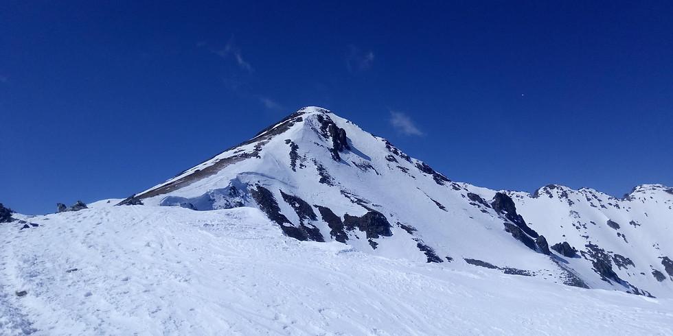 Зимно изкачване на върховете Безбог и Полежан