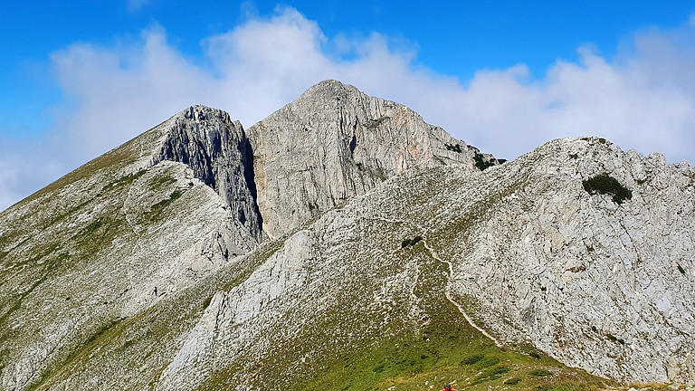 Изкачване на връх Синаница