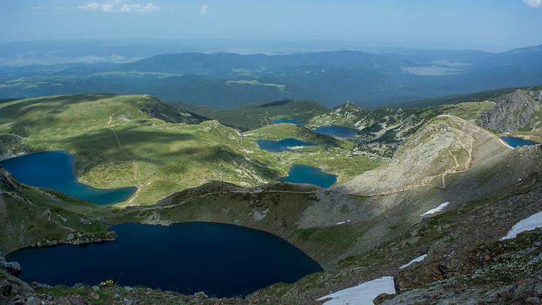 Хижа Иван Вазов и 7-те Рилски езера