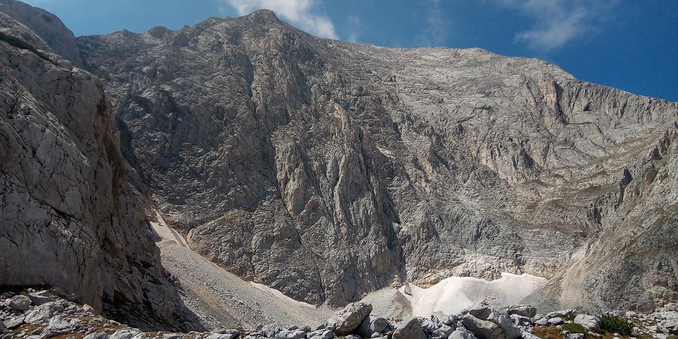 Изкачване на връх Вихрен през Джамджиев ръб