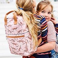 petit-monkey-backpack-leopard-gecko-pink