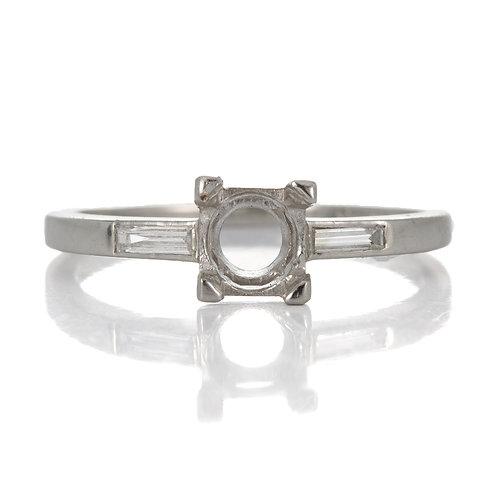 Vintage Engagement ring setting. Diamonds. Platinum. Straight baguette cut diamonds. Fits 5.8 mm round. Art Deco 1930s.
