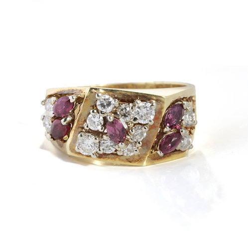 Vintage cocktail ring with rubies, diamonds, 14kt gold. Circa 1980s.